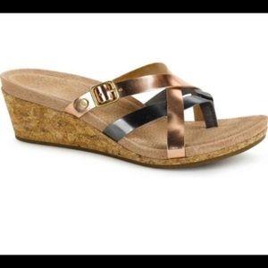 Ugg | Sandals